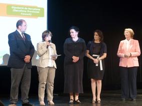 Mercè Rius, recollint el premi. Foto: Diputació de Barcelona